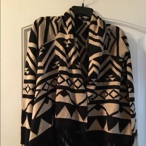 NWT Arizona women's Aztec Cardigan Wrap